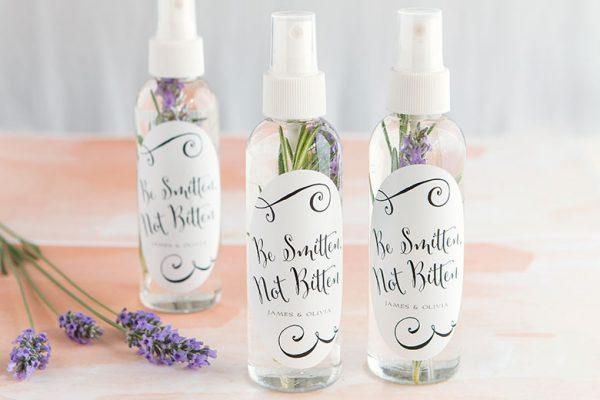 spray anti insecte qui protège vos invités de mariage