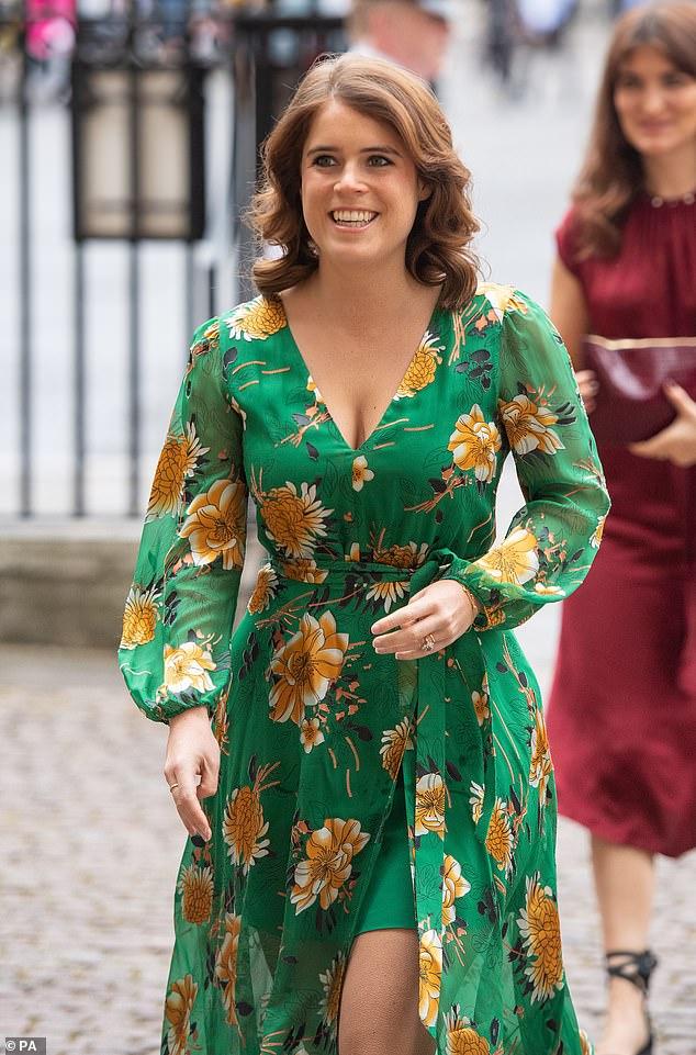 La royale a joué un rôle actif ces dernières semaines pour exprimer sa gratitude envers ceux qui travaillent sans relâche en première ligne au milieu de la pandémie de coronavirus. Sur la photo, la princesse Eugénie arrivant à l'abbaye de Westminster, Londres, le 18 juillet 2019