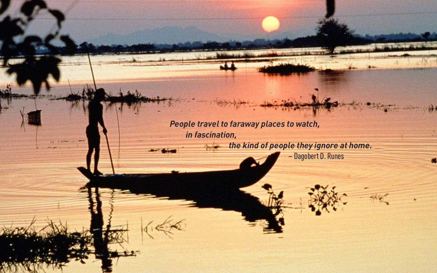 Devis de voyage Dagobert D. Runes. Coucher de soleil sur une scène de pêche traditionnelle.