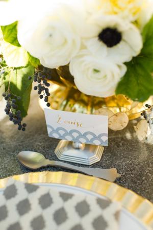 Centre de table mariage gris et or