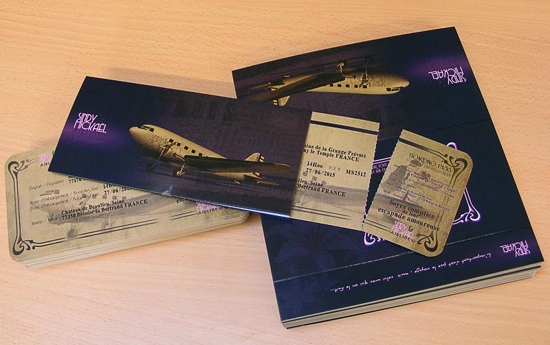exemple d'une invitation de mariage de voyage d'avion vintage et bon marché