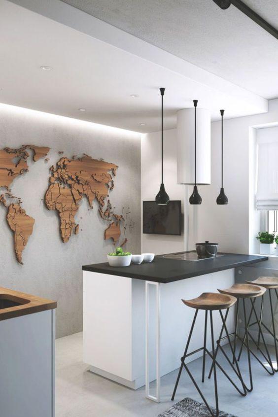 papier peint de cuisine en bois avec la carte du monde