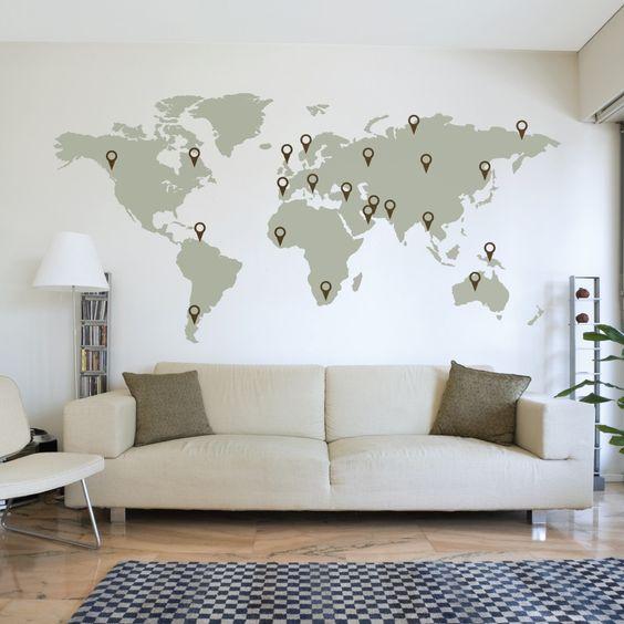 rendre votre salon plus inspirant avec une carte du monde et pointer vos voyages dessus